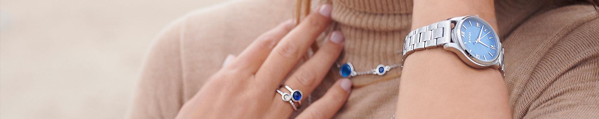 Blauwe sieraden